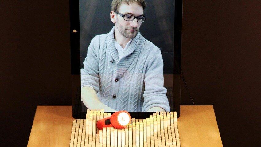 З'явився стіл-дисплей inFORM, що рухається в тривимірному форматі
